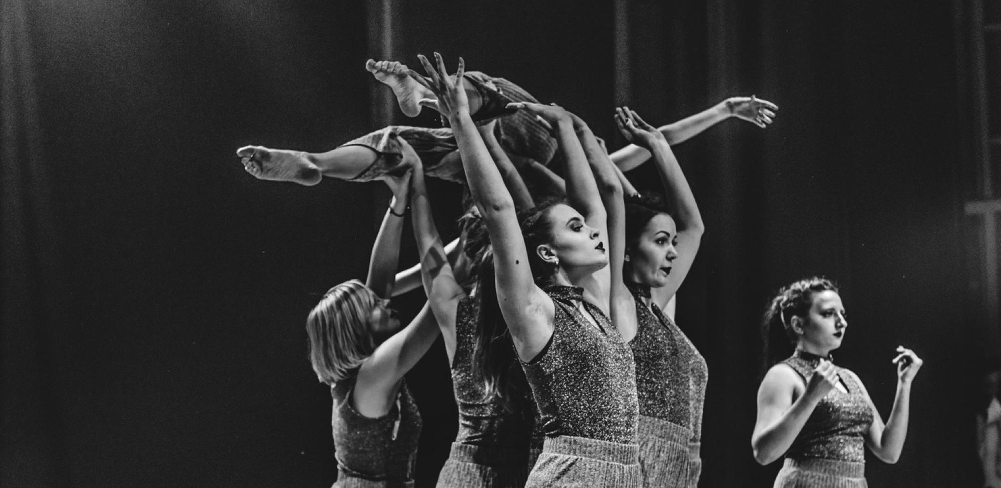 Glasyr Hellerup Klassiske Balletskole 13